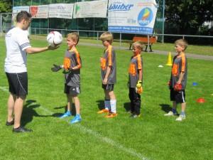 Torwart-Schulung, hier mit Nico Müller (Bild: Maike Lex)